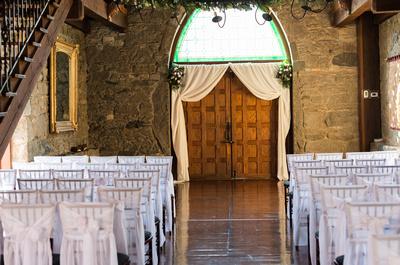 Castle, wedding decor, flowers