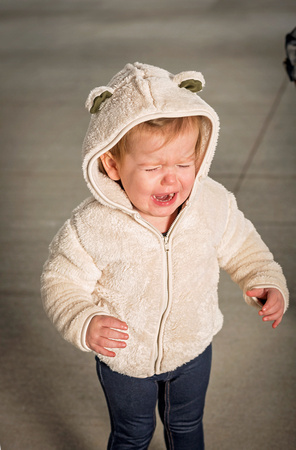 baby crying, portraits, no